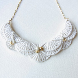 HOMAKO - An Meru Lace Necklace