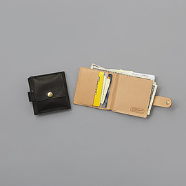 STUSSY Livin' GENERAL STOR - GS Leather Bi-fold Wallet