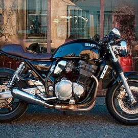 Cafe Twin - Suzuki GSX Inazuma (1200 and 750 cc)