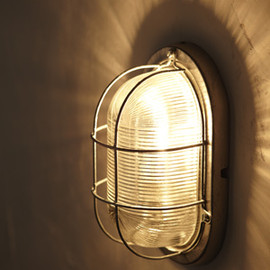 Davey Lighting - BULKHEAD OVEL LIGHT