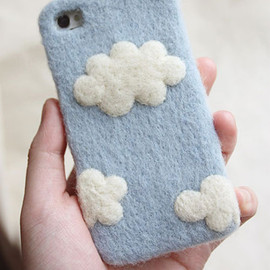 Sweet Cloud Felt Phone Case for iPhone 4s/5