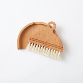 Iris Hantverk - table brush