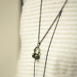 Moooh!! - Adjustable Headphone Necklace