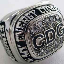 COMME des GARÇONS - CHAMPION RING Christmas limited edition