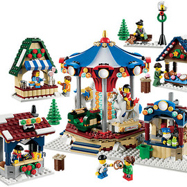 Lego - 2013 Winter Village Market Item:10235