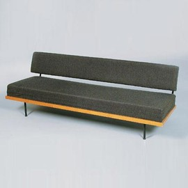 Knoll - Fold-out bench by Florence Knoll