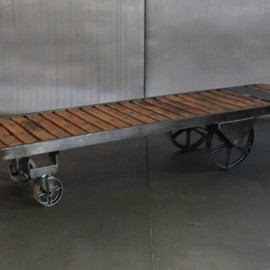 ANTIQUE - ANTIQUE FACTORY CART