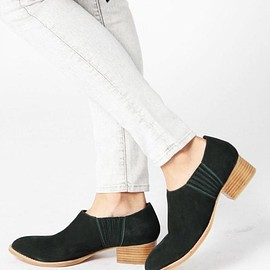 BOW FRONT SEE THROUGH FLAT SHOES