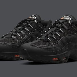 NIKE - Air Max 95 - Black/Orange?