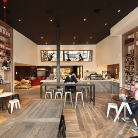 """Brooklyn - Toby's Estate: The cafe is located at 125 N 6th St in Brooklyn back to emphasize the """"stage"""""""