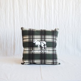 COW BOOKS - Reading Cushion #green
