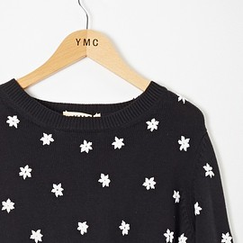 YMC - Embroidered Floral Knit (black/ white)