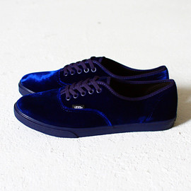 VANS - Authentic Lo Pro Velvet