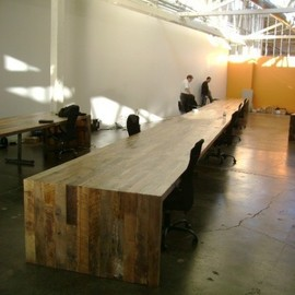 districtmillworks - Conference table