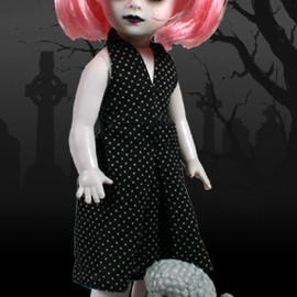 LIVING DEAD DOLLS - Dottie Rose