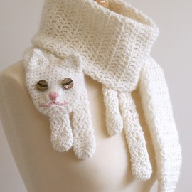 BeesKneesKnitting - Cat Cuddler Scarf