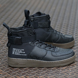 NIKE - SPECIAL FIELD AIR FORCE MID