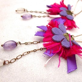 Luulla - Fuschia - leather earrings with sari silk, satin ribbon, amethyst and moonstone beads