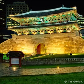 南大門 Seoul, South Korea - korea stock photography | Namdaemun Gate Before 2008 Fire in Seoul, South Korea, Namdaemun (Sungnyemun), Seoul, South Korea, Image ID KR-SEOUL-0001