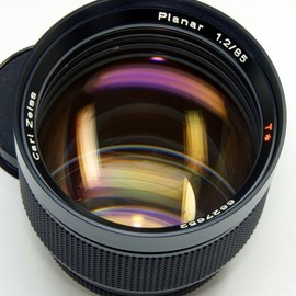 Carl Zeiss - planar 85mm f1.2
