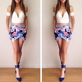 Sexy Slash Neck Tops + Floral Print Skirt Two-piece Set