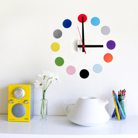 tinchDesignStudio - Restickable wall clock 'dots' design custom