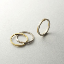 slit ring silver/gold stone