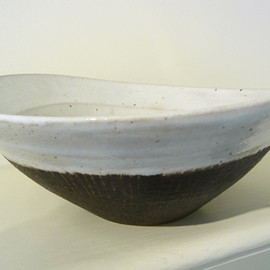 Lucie Rie - Oval bowl, 1955