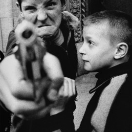 William Klein - Gun 1, New York (1955)