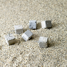 PULL+PUSH PRODUCTS. - CEMENT PUSH PIN