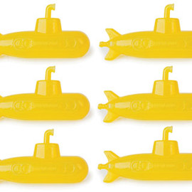 Kikkerland - Reusable Ice Cubes Submarine
