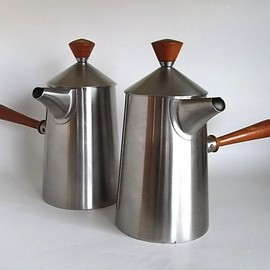 Old Hall by Robert Welch - Milk Tea Pot Set