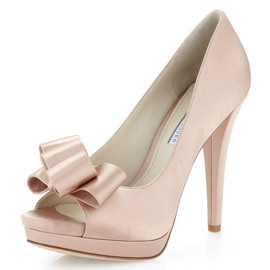 VERA WANG - Lavender Sammy Satin Bow Open-Toe Pump Latte
