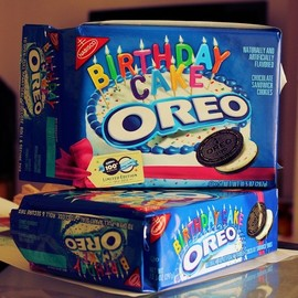 nabisco - Oreo 100th Birthday Cake Cookies