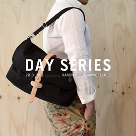 NATURAL LEATHER HANDLE CANVAS TOTE