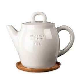 Höganäs Teapot with wooded saucer