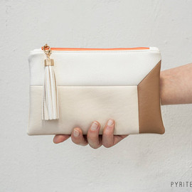 PYRITESKY - Cube 01 Clutch | Small | White, Ivory, Tan