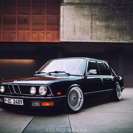 BMW - E28 by Jeremy Whittle
