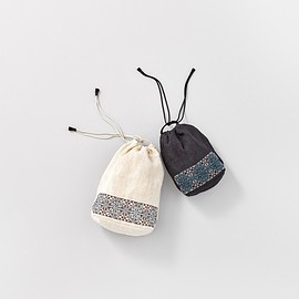 ARTS&SCIENCE - Embroidery Drawstring Pouch