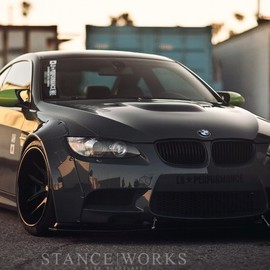 Liberty Walk - BMW M3