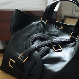 YVES SAINT-LAURENT - bag.