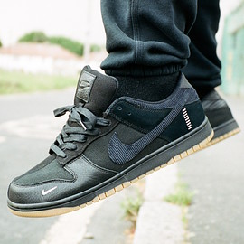 NIKE, The Basement - Dunk Low BSMNT - Black/Gum