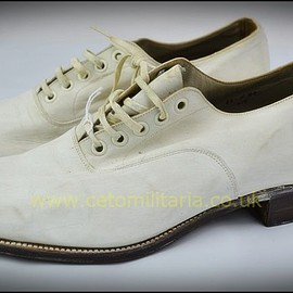 VINTAGE - Royal Navy White Shoes by Church's