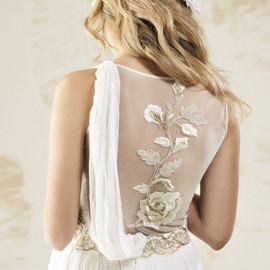 V souz - sleeveless bridal gown back embroidered detail