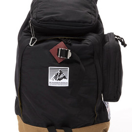 MT RAINIER DESIGN - GERRY PACK