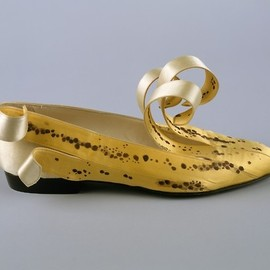 omgthatdress:    Shoes    Isabel Casanovas, 1989    The Metropolitan Museum of Art