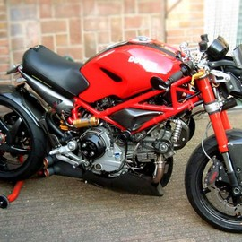 Ducati - Monster S2R-1000 Ducreation by Celli's