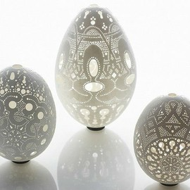 Egg Art: Mother and Child