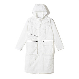 White Mountaineering - LUGGAGE POCKET COAT