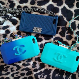 CHANEL - iPhone cases